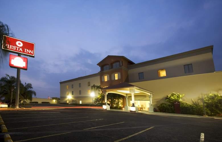 Fiesta Inn Colima - Hotel - 0