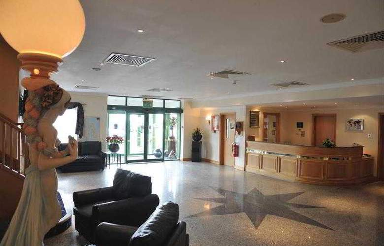 Best Western Bentley Leisure Club Hotel & Spa - Hotel - 89
