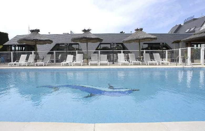 Inter-Hotel Aquilon Saint-Nazaire - Pool - 12