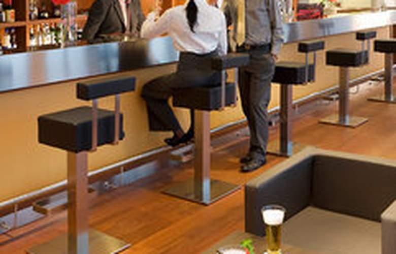 Novotel Milano Malpensa Airport - Bar - 3