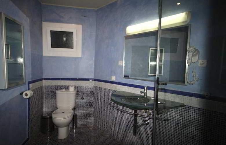 Madanis Apartments - Room - 7