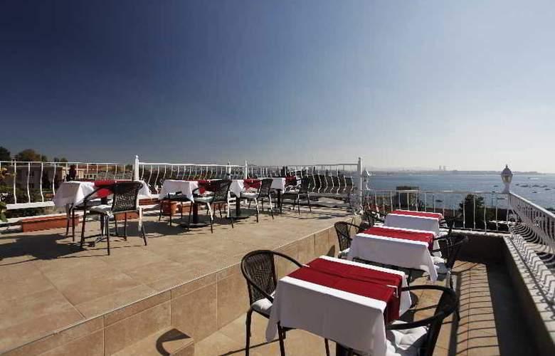 Spinel Hotel - Terrace - 30