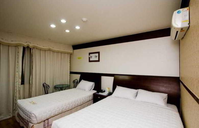 SKY Incheon Airport - Room - 9