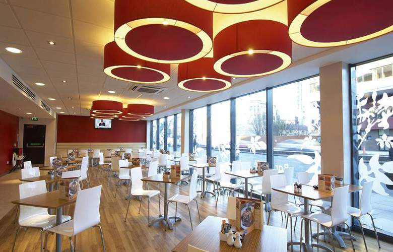 Travelodge London Stratford - Restaurant - 6