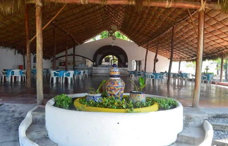 Concierge Plaza San Rafael - Restaurant - 24