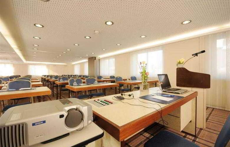 Best Western Parkhotel Oberhausen - Hotel - 56