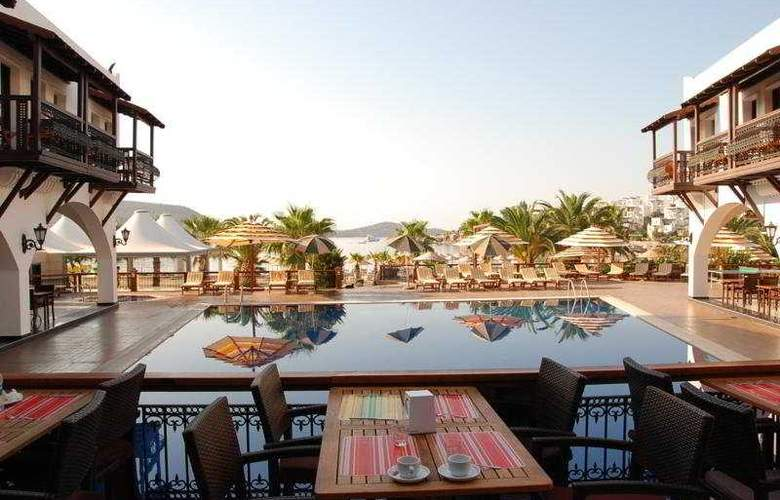 Bitez Han Hotel - Pool - 7