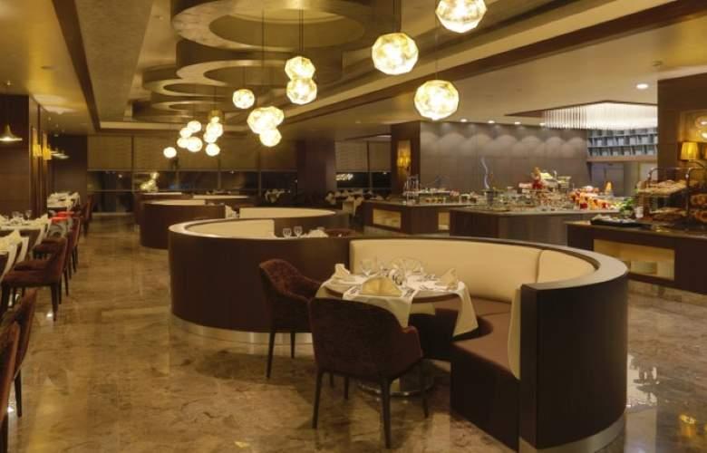 Royal Stay Palace - Restaurant - 2