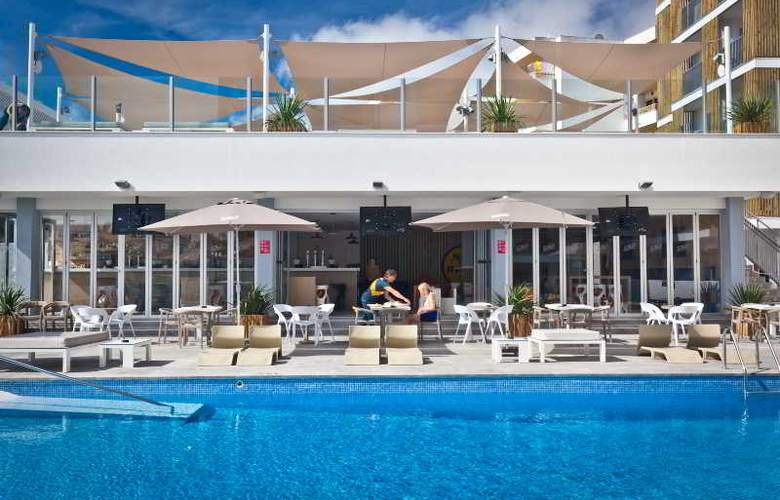 Ryans Ibiza Apartments - Pool - 2