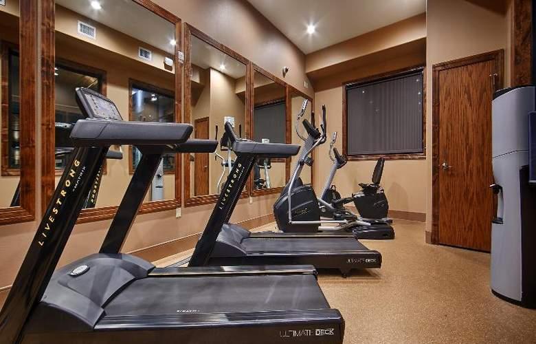 Best Western Ivy Inn & Suites - Sport - 85