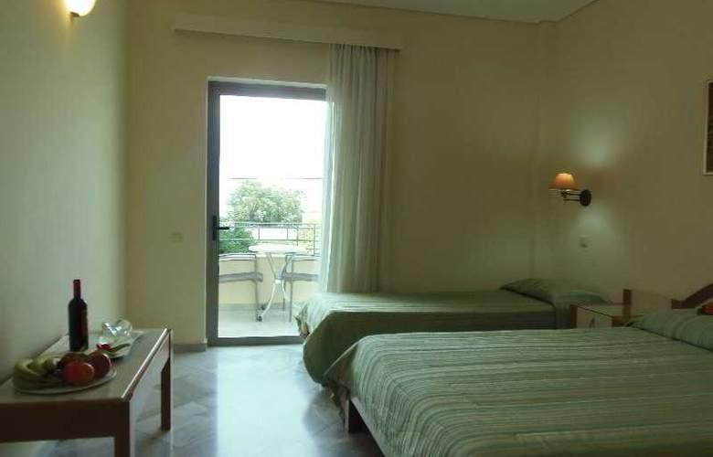 Yakinthos - Room - 14