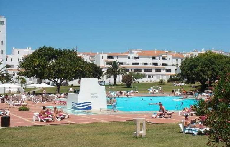 Vilanova Resort - Pool - 5