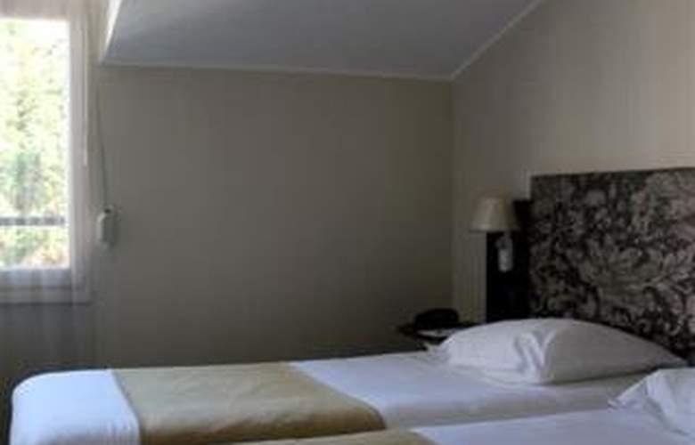 Saint Nicolas Hotel - Room - 2