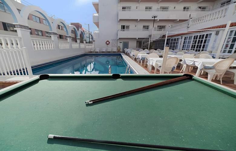 Lux Mar - Pool - 3