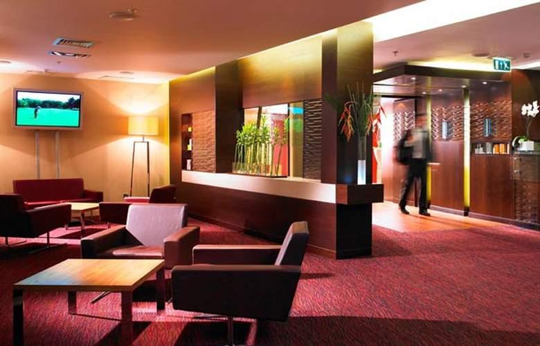 Marriott County Hall - Hotel - 5