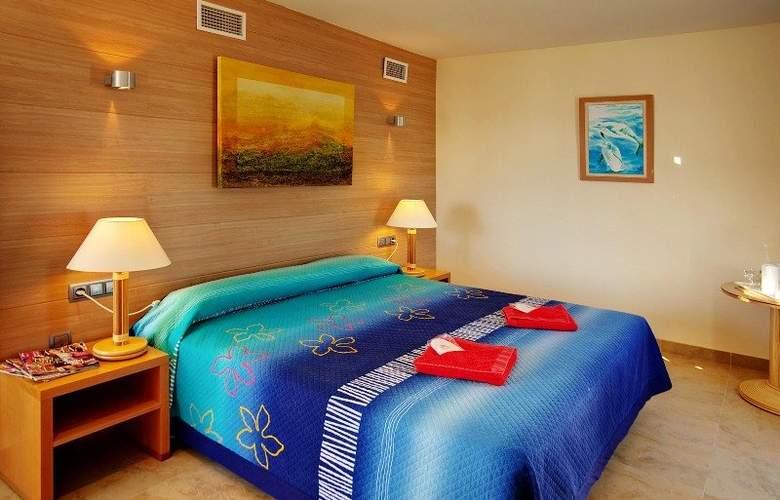 El Puntazo II - Room - 6