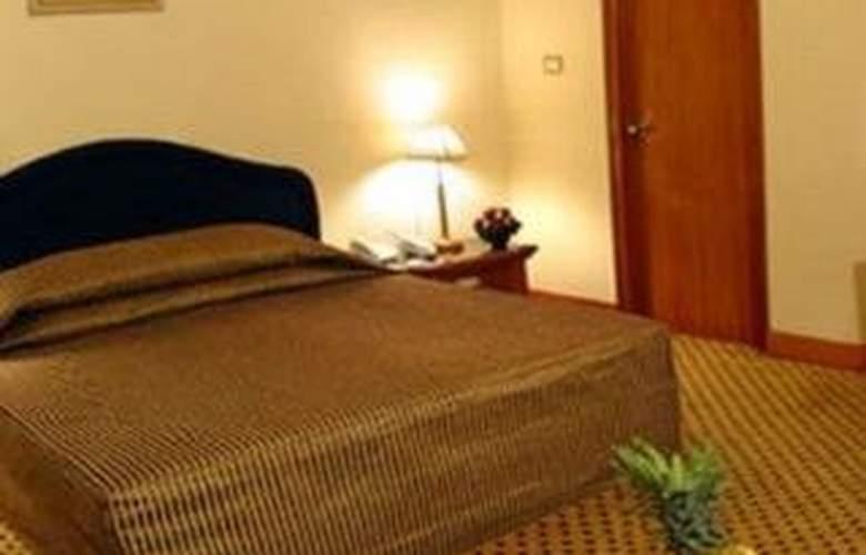 The Elanza Hotel - Room - 4