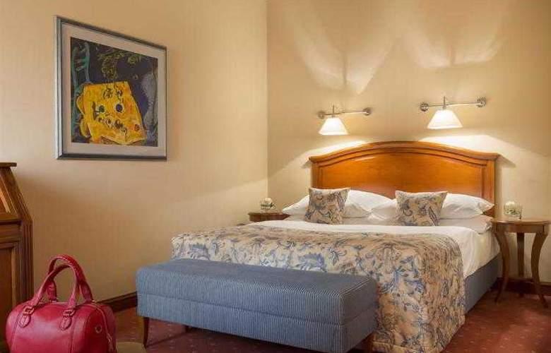 Best Western Premier Astoria - Hotel - 87