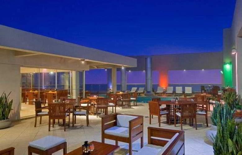Sheraton Asuncion Hotel - Terrace - 5