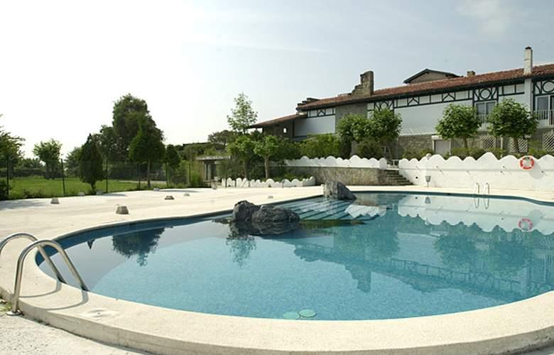 Gudamendi - Pool - 2