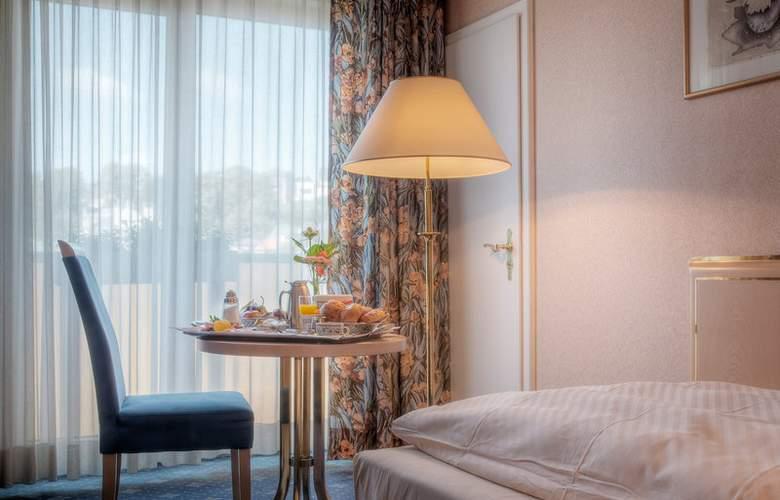 Best Western Ambassador Hotel Bosten - Room - 47