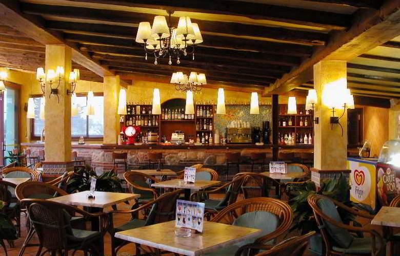 San Carlos - Restaurant - 35