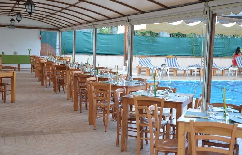 La Terra Dei Sogni Hotel & Farm House - Restaurant - 15