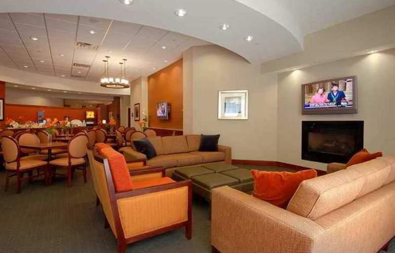 Hampton Inn & Suites Milwaukee Downtown - Hotel - 5