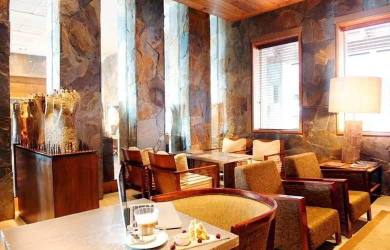 Radisson Puerto Varas Colonos Del Sur Hotel - Restaurant - 3