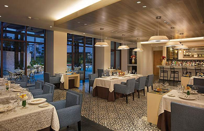 Dreams Playa Mujeres - Restaurant - 26