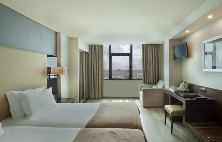 Turim Alameda - Room - 11