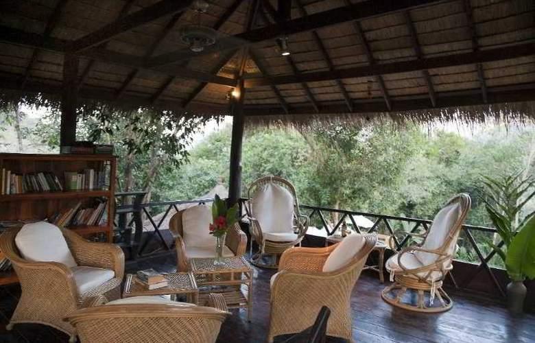 Zen Namkhan Boutique Resort - Terrace - 11