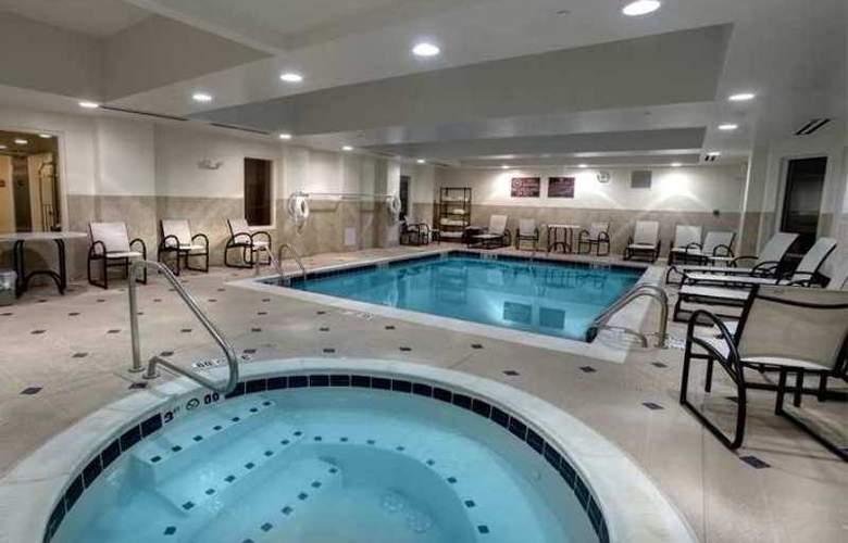 Hilton Garden Inn Albany Airport - Hotel - 8