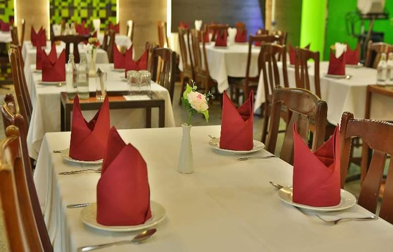 Convenient Park Bangkok Sukhumvit - Restaurant - 12