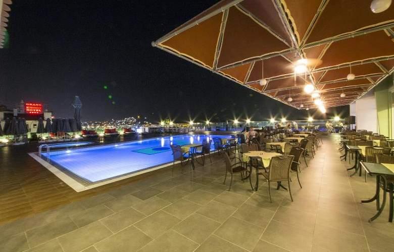 Marina Hotel - Hotel - 11