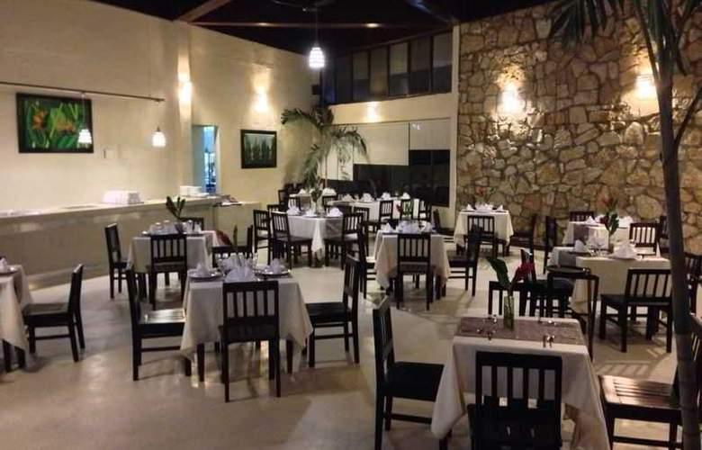 Tulija Express Hotel & Villas - Restaurant - 11