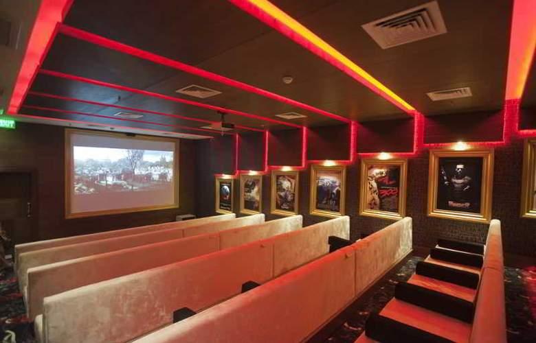 Crystal Palace Luxury Resort & Spa - Sport - 34