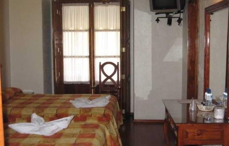 Puebla Plaza - Room - 2