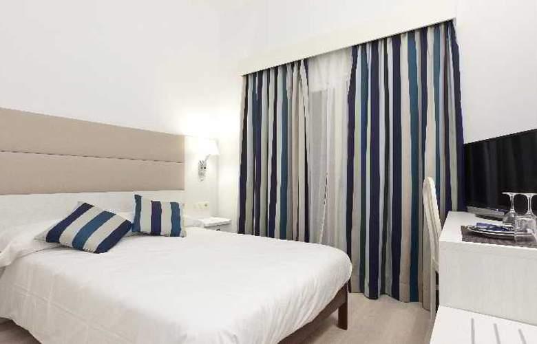 Fergus Soller Beach - Room - 2