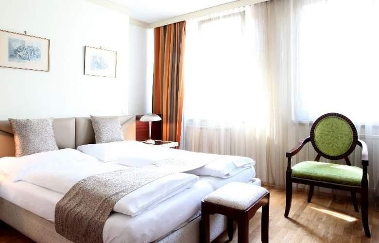 Pension Attaché - Room - 5