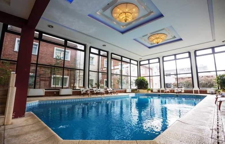 Unique Luxury Patagonia - Pool - 25