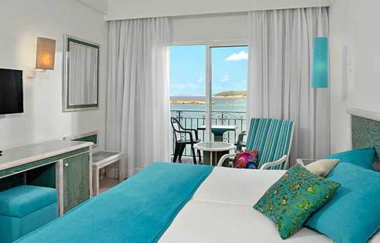 Sol Beach House Menorca - Room - 2