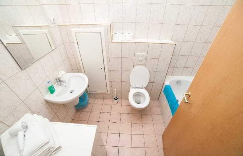 Nova Apartments - Room - 4