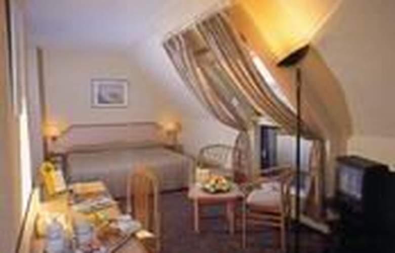 Turone - Room - 1