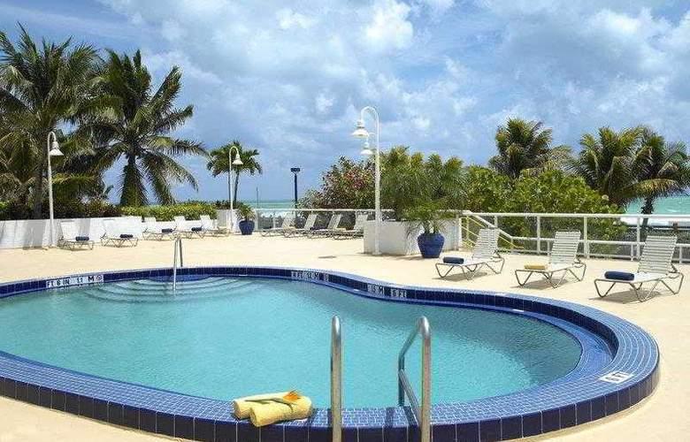 Best Western Plus Atlantic Beach Resort - Hotel - 10