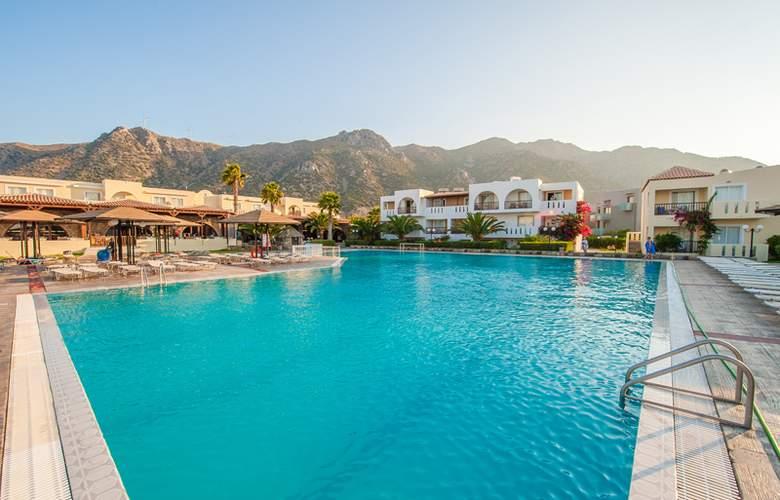 Akti Beach Club - Pool - 12