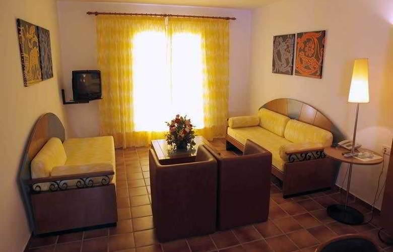 Pueblo Menorquin - Room - 8