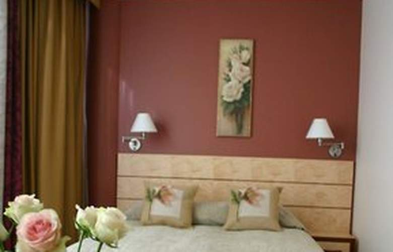 Royal Square Hotel & Suites - Room - 4