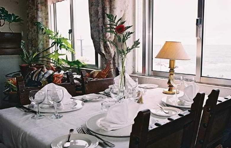 Golden Tulip Porto Gaia Hotel & SPA - Restaurant - 9