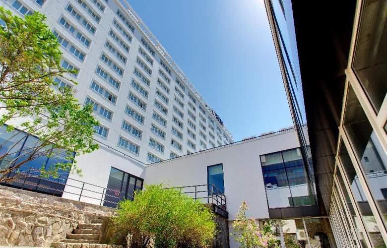 Azimut Vladivostok - Hotel - 3